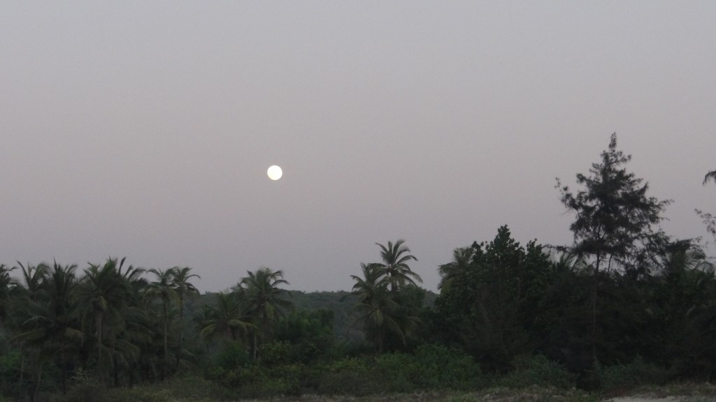 Moonrise at Tarkarli