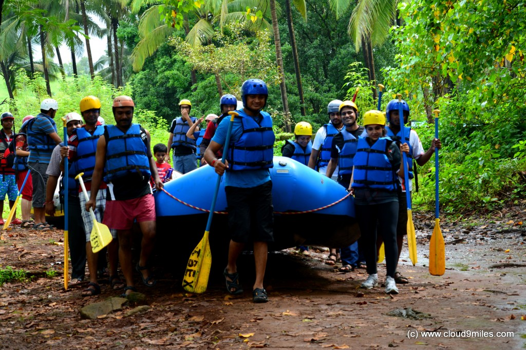 Carrying our raft to the river!!