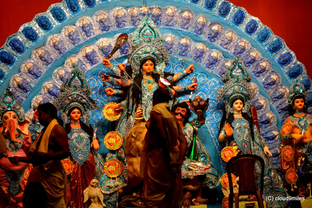 short essays on durga puja Durga puja is celebrated by bengalis besides west bengal, other parts of india also celebrate this festivalpeople worship the goddess durga, the goddess of a shakti.