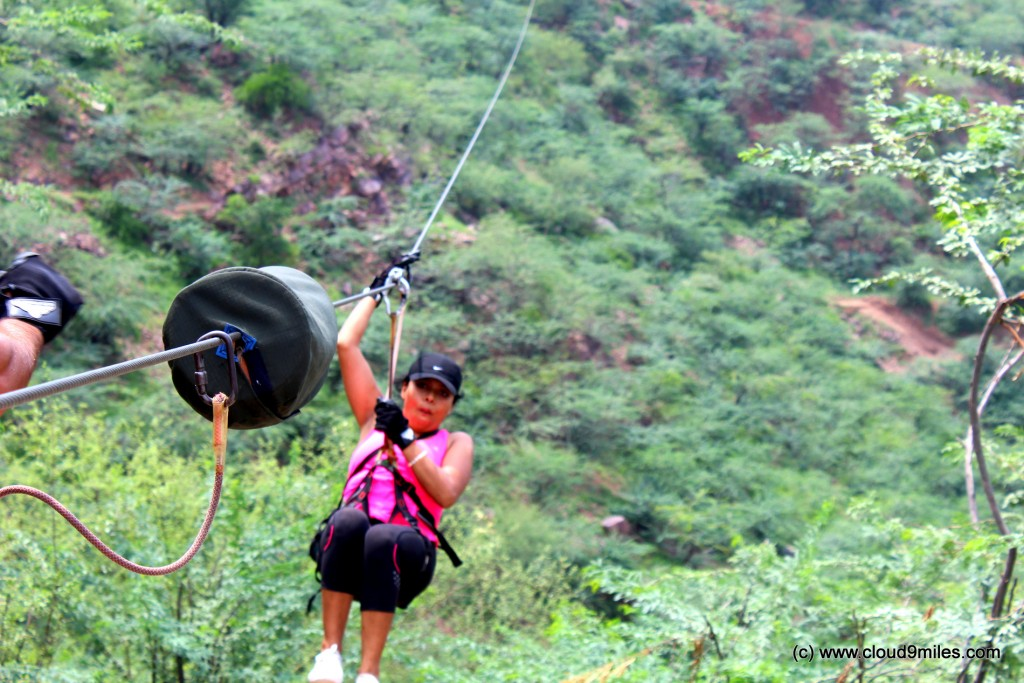 Zipping - Flying fox (2)