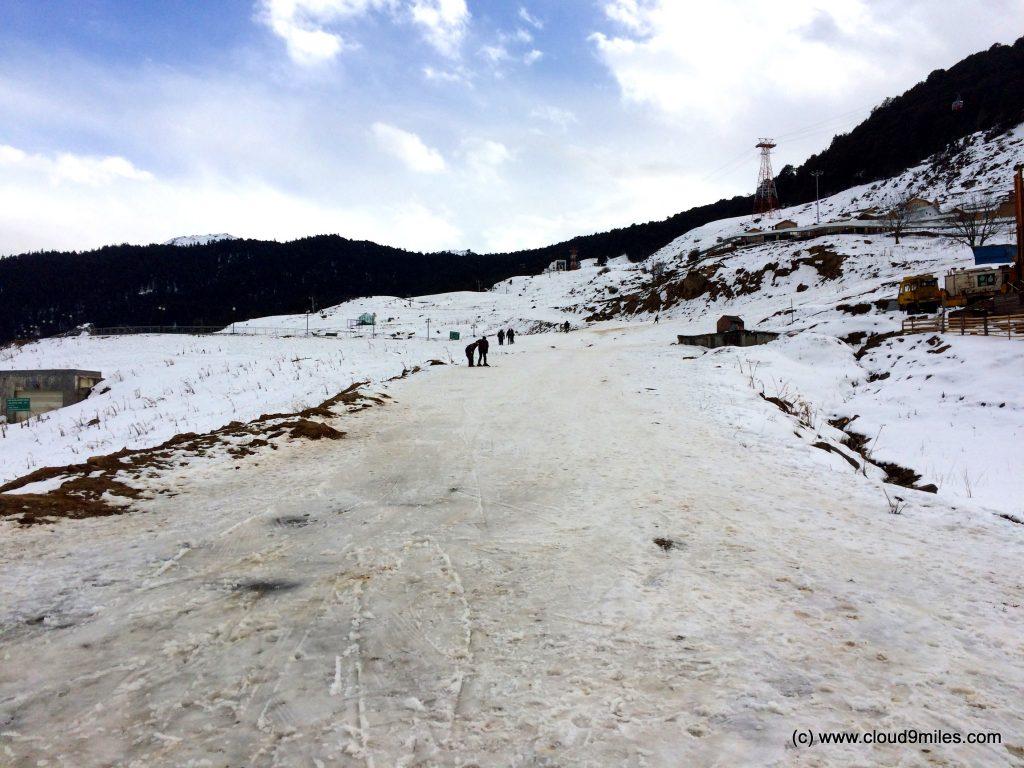 Skiing (125)