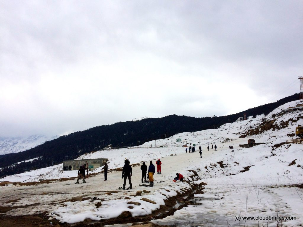 Skiing (144)