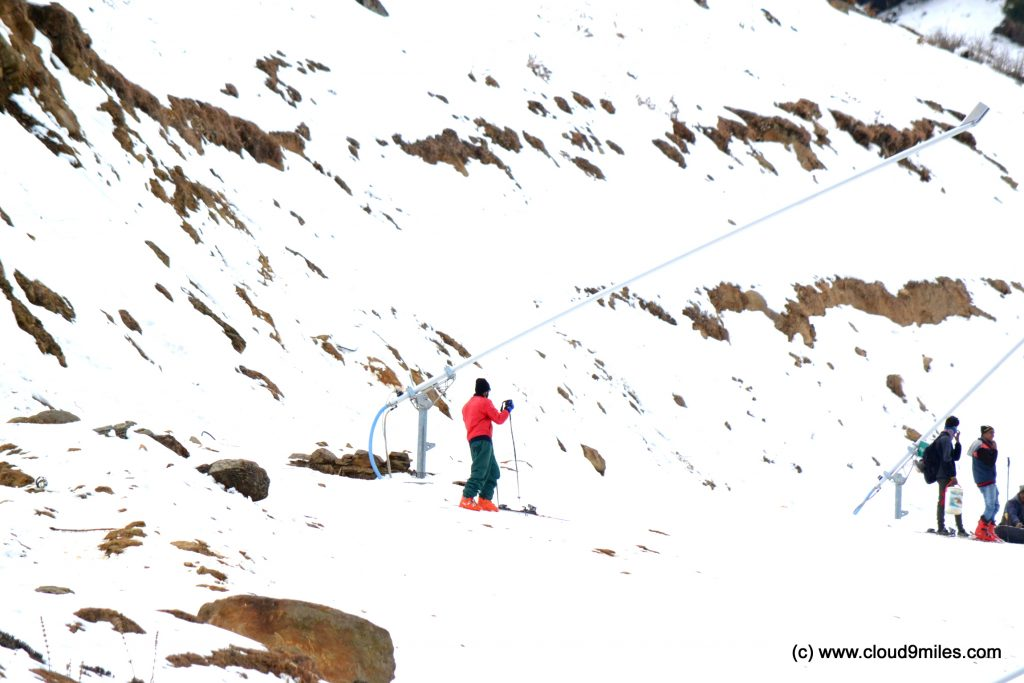 Skiing (8)